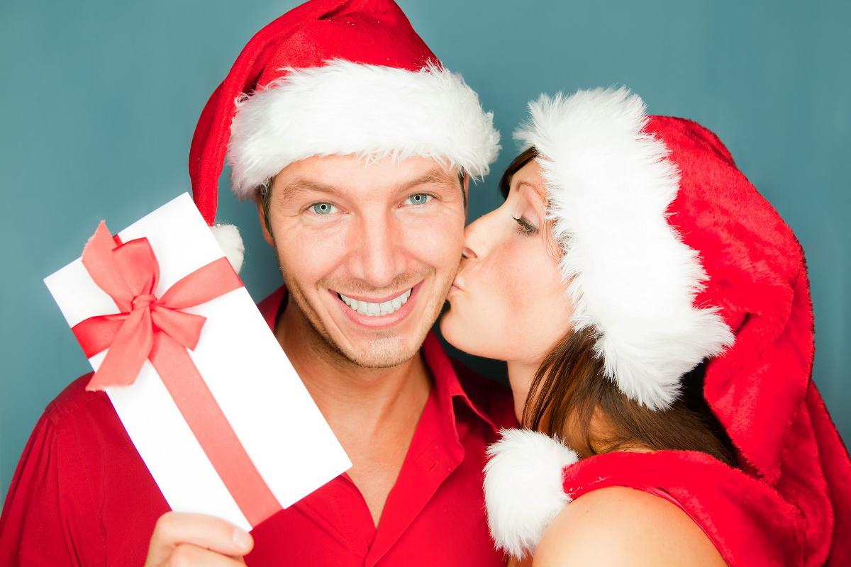 Новогодние подарки и традиции